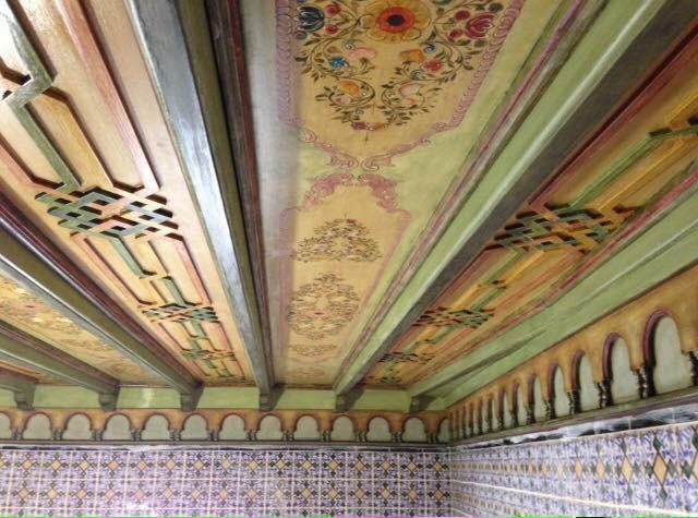 plafond bois peint artisans d 39 art. Black Bedroom Furniture Sets. Home Design Ideas