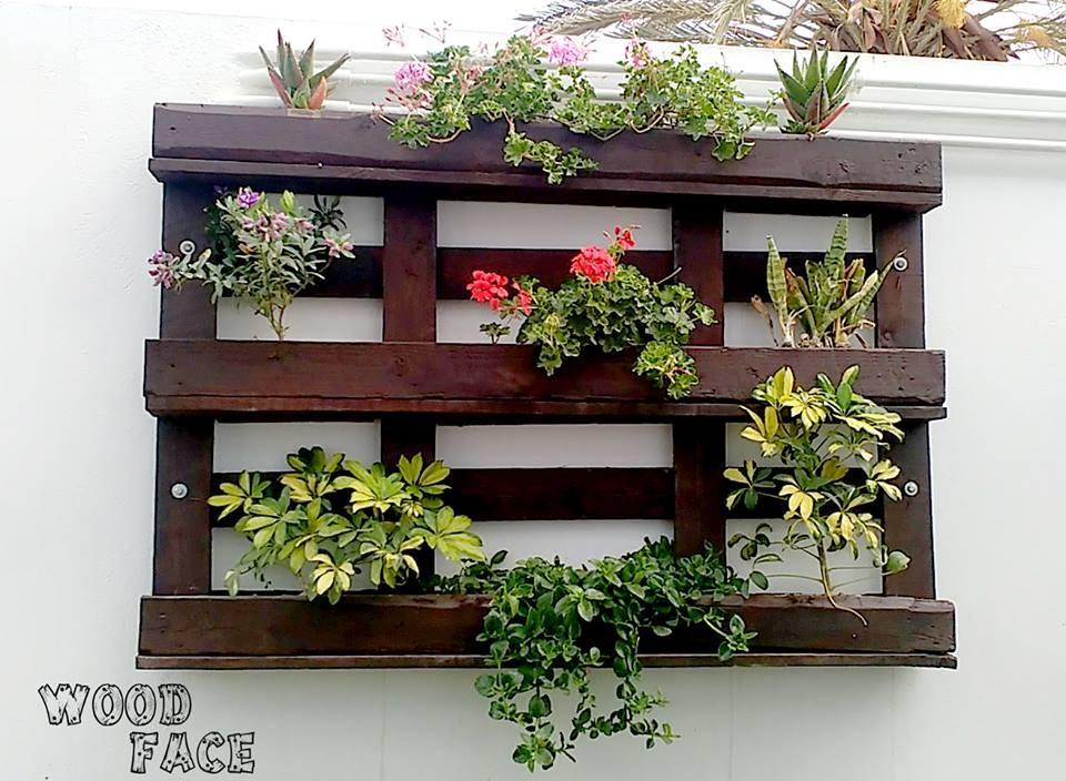 support mural plantes artisans d 39 art. Black Bedroom Furniture Sets. Home Design Ideas